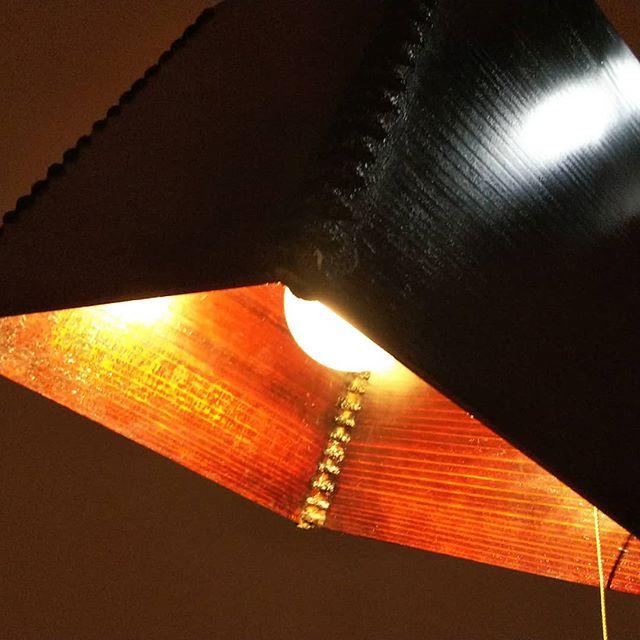 ランプシェード柔らかい灯りに癒されます(^^) #拭き漆 #tokushima #naka #lampshade #nakawood