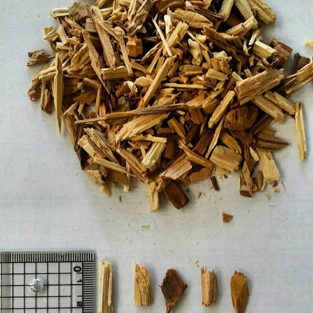 粗粉砕木粉細か目の木チップとも言います(木粉屋なので木粉をベースに考えてしまいます) 梅雨明け、本格的なBBQシーズンはまだ先ですが、燻製用のチップとしての問い合わせ頂きました。杉はもちろんですが、いろいろな樹種も相談頂けましたら検討します🌲#木粉 #木チップ #燻製#チップ #杉#徳島 #那賀町 #那賀ウッド