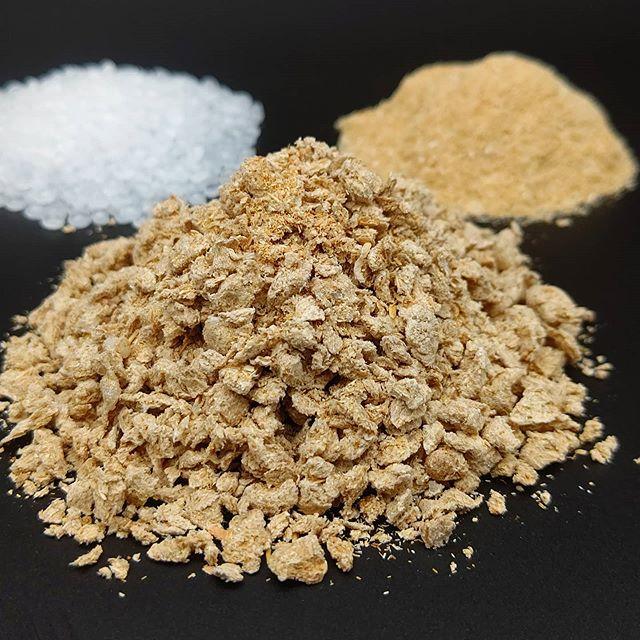 木粉・プラスチック複合材 国産木粉のコンパウンド