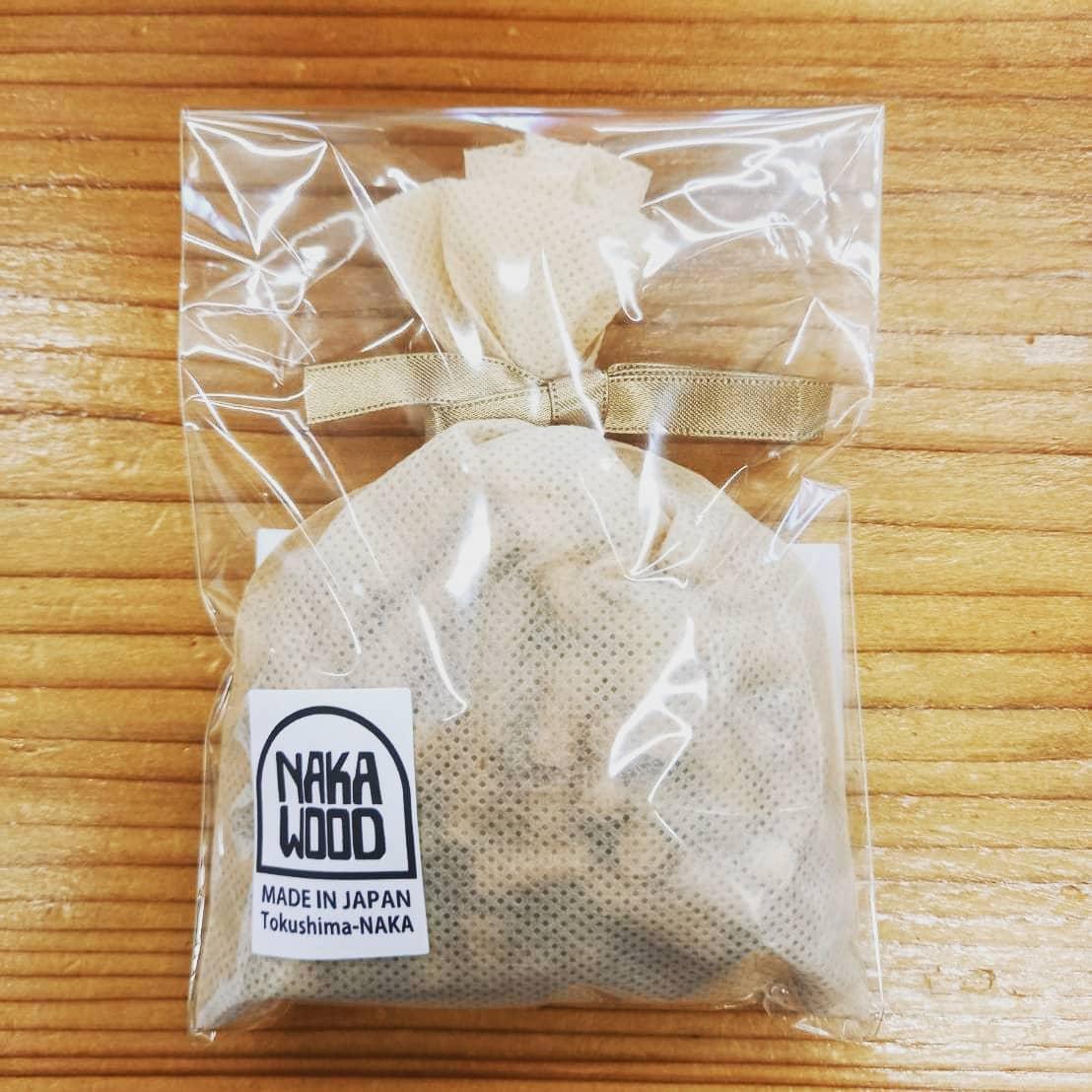ヒノキのサシェ2021バージョン -多用途な木質ペレット入り- NAKAWOOD